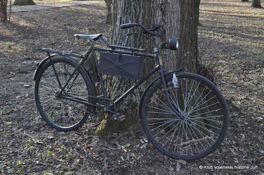 kvh-juh-ww2-bicykel